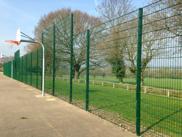 868 Mesh Panel Ballcourt Fencing Chigwell Essex