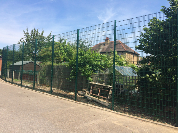 868 Mesh Fencing Southend