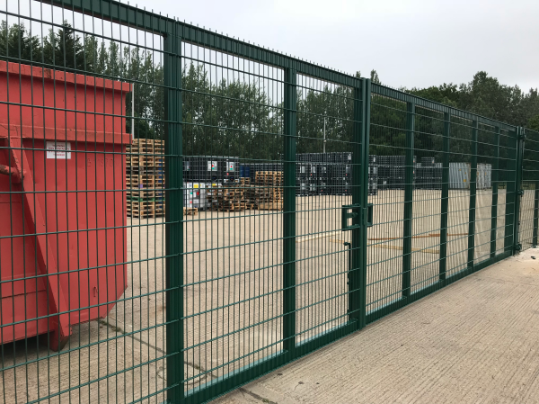 868 Mesh Panel Fencing Colchester Essex