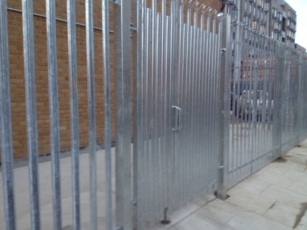 Palisade Fencing Mile End London