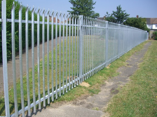 Palisade Fencing, Security Fencing Aveley, Industrial Fencing
