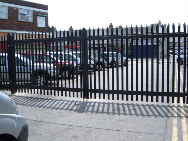 Palisade Gates Black, Security Gates Rayleigh, Industrial Gates