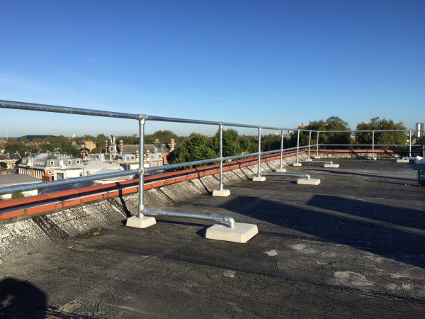 Roof Edge Protection / Freestanding Guardrail London & Essex